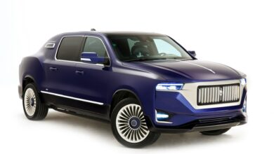 Foto van Aznom Palladium: That fuses a limousine with an SUV